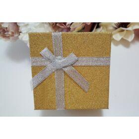 Csillámos ajándékdoboz óráknak, arany