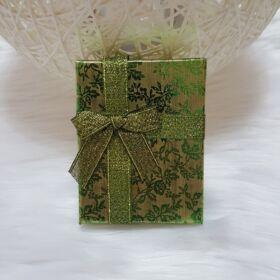 Virág mintás ajándékdoboz 7 x 9 cm