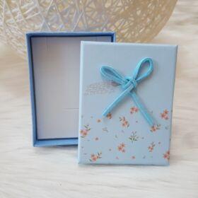 Masnis virág mintás ajándékdoboz karkötőknek 7 x 9 cm kék