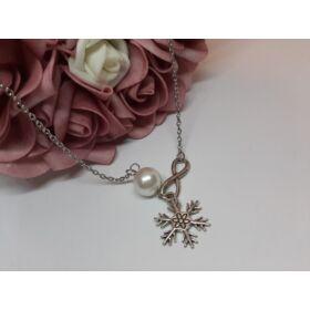 Hópihe medálos ezüst színű nyaklánc gyöngy dísszel