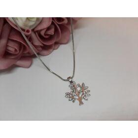 Fa medálos ezüst színű nyaklánc, strasszkövekkel díszítve
