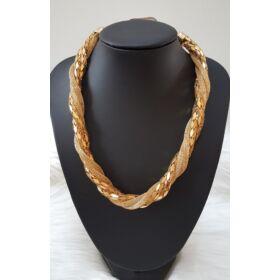 Elegáns csavart nyaklánc arany színben