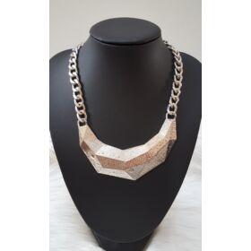 Elegáns láncos nyaklánc ezüst színben
