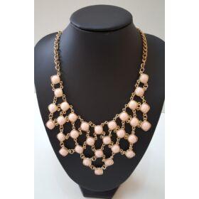 Kocka mintás köves nyaklánc, rózsaszín