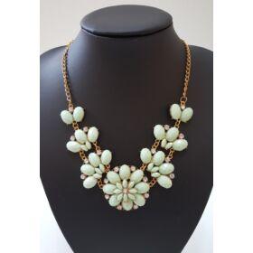 Virág mintás köves nyaklánc, zöld