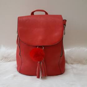 Merev falú elegáns női hátitáska pom pom dísszel piros