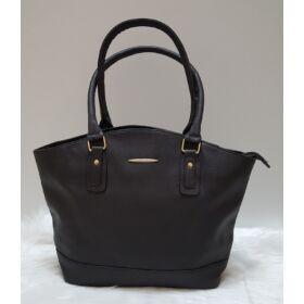 Egyszínű női táska fekete