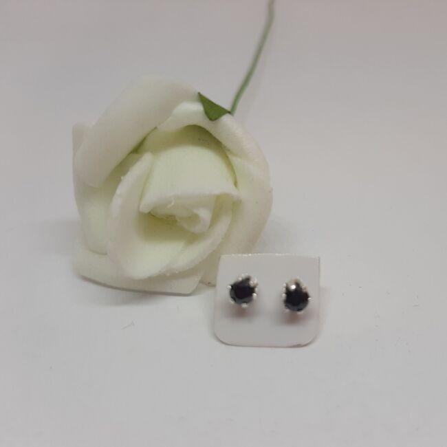 Bedugós Zirconia fülbevaló 3 mm