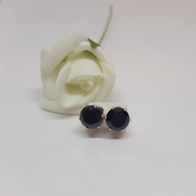 Bedugós Zirconia fülbevaló 7 mm
