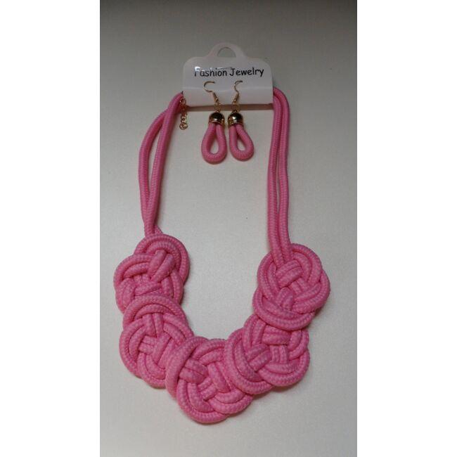 Csomózott nyaklánc fülbevalóval rózsaszín