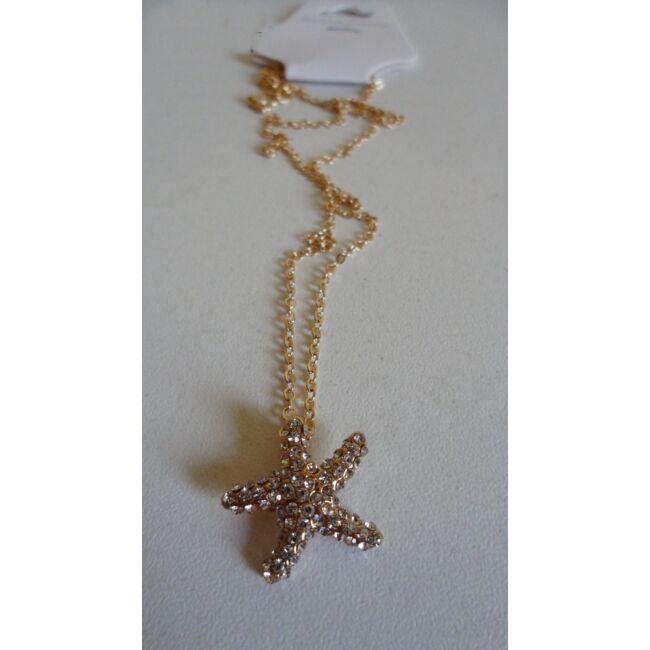Csillag medálos arany színű nyaklánc, strasszkövekkel díszítve