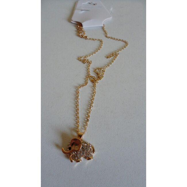Elefánt medálos arany színű nyaklánc, strasszkövekkel díszítve