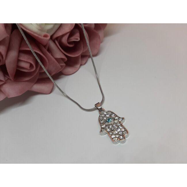 Hamsa kéz medálos ezüst színű nyaklánc, strasszkövekkel díszítve