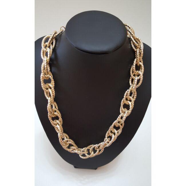 Láncos elegáns nyaklánc arany