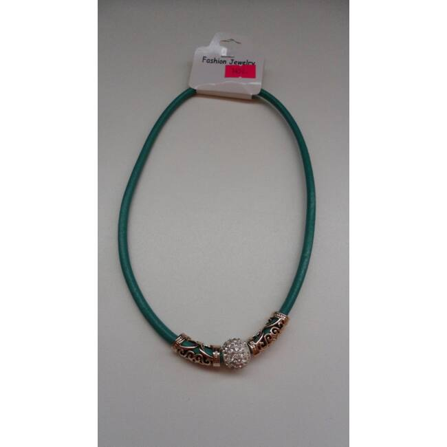 Medálos strasszos nyaklánc zöld