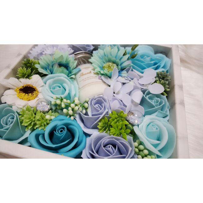Blue szappan rózsadoboz gyertyával