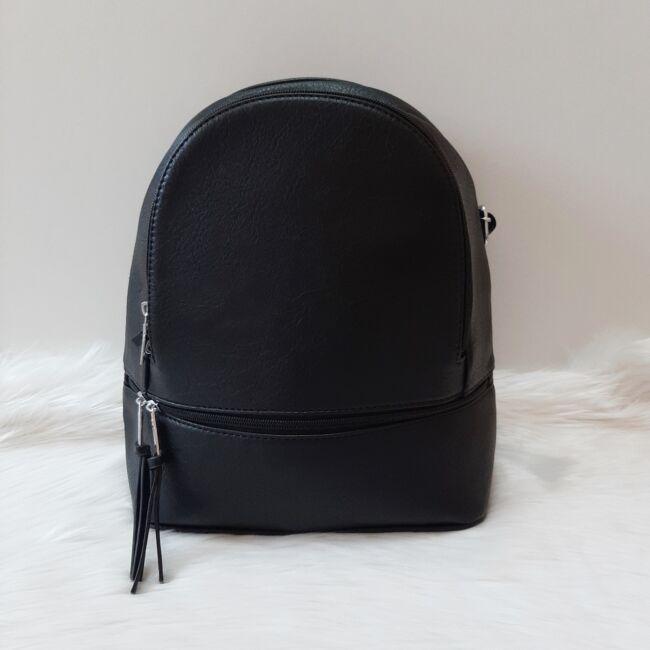 Egyszínű elegáns női hátitáska fekete