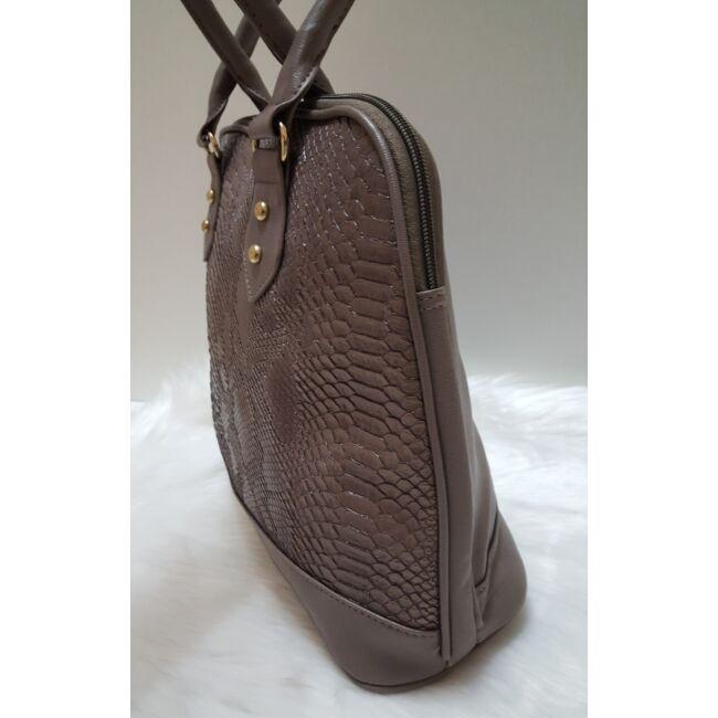 Kígyóbőr mintás női táska